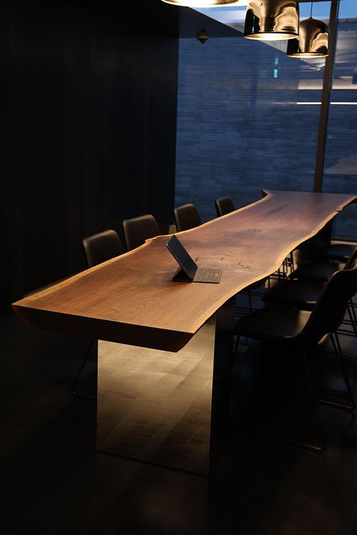 스테인리스 월넛 우드슬랩 테이블 다리 사진